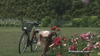 Big cock anal in the big ass park