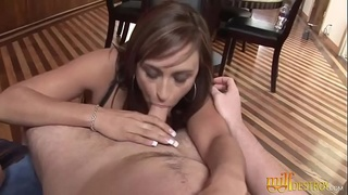 Horny Milf Gives Perfect Blowjob in Pov