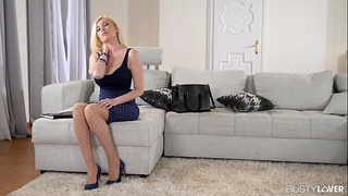 Busty lovers double penetrate Donna Bell &amp_ fuck her big boobs real hard