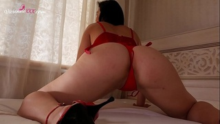 PAWG Vibe Wet Pussy and Booty Shake