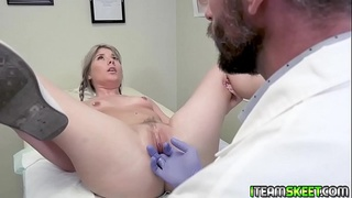 Horny doctor pounds Vienna and rubs her clit until she cums!