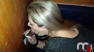 Hot blonde does not resist the big black turtledove and invites the eater to enter the cabin.